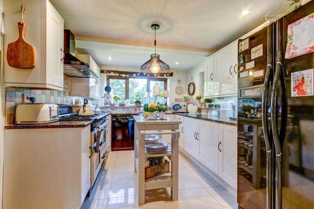Kitchen of Rocky Lane, Bournheath, Bromsgrove B61