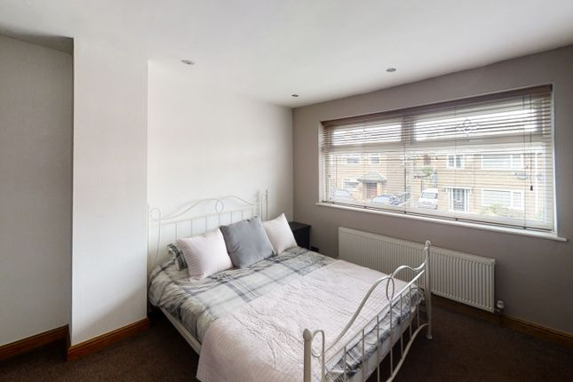 Bedroom 1 of Peveril Close, Whitefield M45