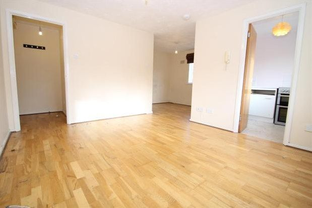 1 bed flat to rent in Cumberland Place, London SE6