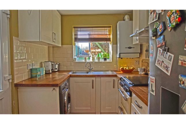 Kitchen of Fearnley Street, Watford WD18