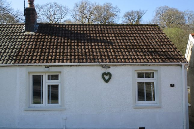 3 bed bungalow for sale in Brooklands Terrace, Abercrave, Swansea.