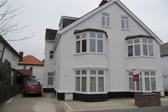Thumbnail Flat to rent in Flat On Hamilton Road, Great Yarmouth