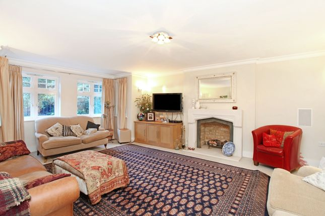 Detached house to rent in High Cedar Drive, London