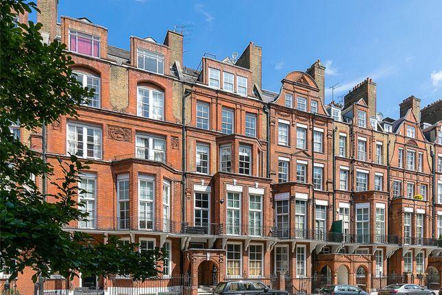 Picture No. 07 of Pont Street, Knightsbridge, London SW1X