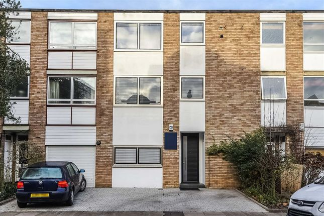 Thumbnail Terraced house for sale in Cumberland Road, Kew, Richmond