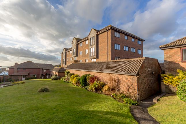 Thumbnail Flat to rent in Kipling Court, St Aubyns Mead, Rottingdean, Brighton