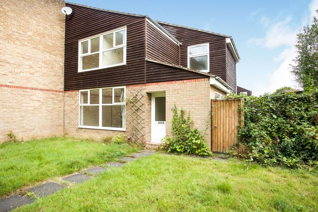 Thumbnail Semi-detached house to rent in Lauradale, Wildridings, Bracknell