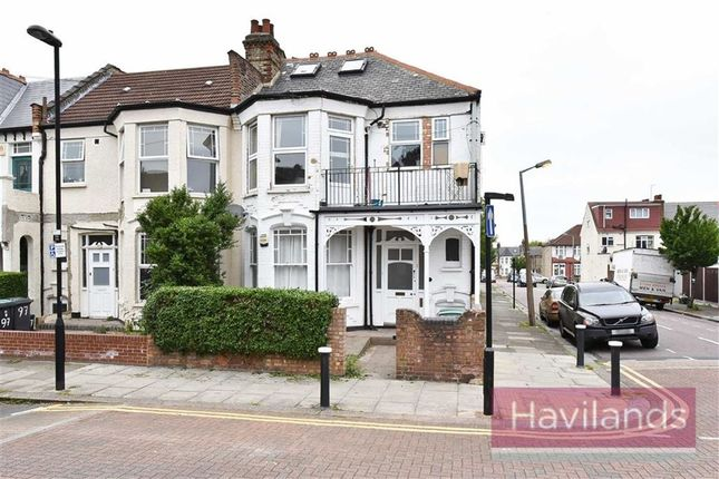 Thumbnail Flat for sale in Sylvan Avenue, London