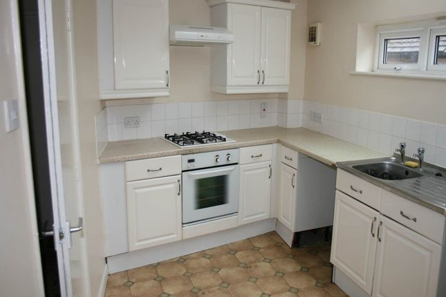 Thumbnail Flat to rent in Old Stoke Road, Aylesbury