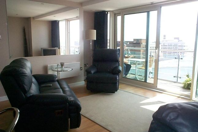 Thumbnail Flat to rent in Albion Street, Leeds, West Yorkshire