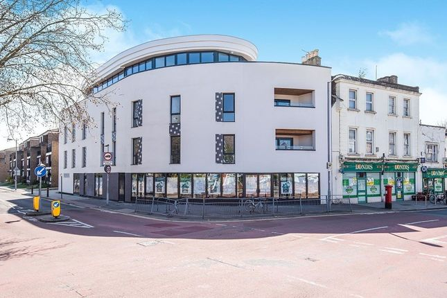 Thumbnail Flat for sale in King Charles Road, Surbiton
