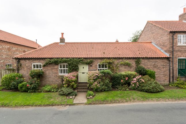 Thumbnail Cottage for sale in Townend Court, Great Ouseburn, York