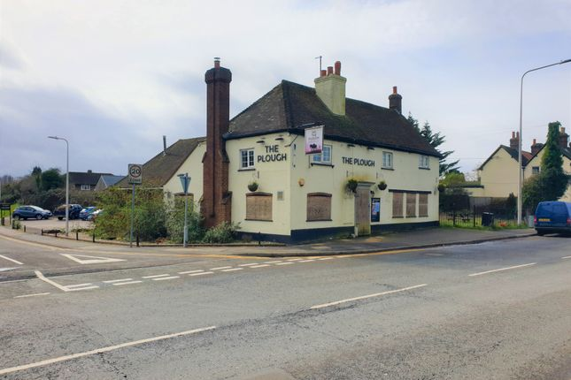 Thumbnail Restaurant/cafe for sale in The Plough Inn, 81 Chapel Street, Thatcham, Reading