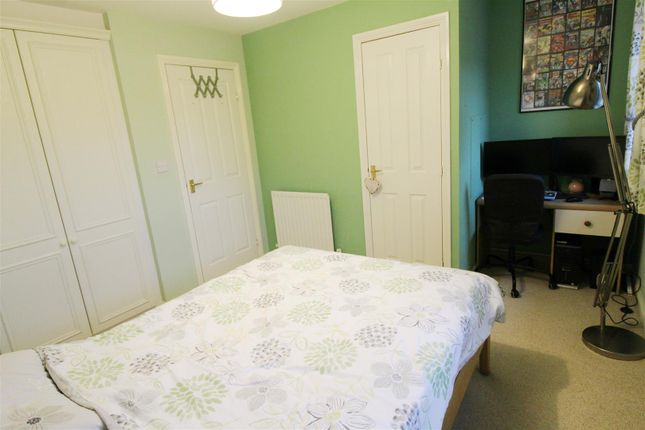 Bedroom One of Clonmel Close, Caversham, Reading RG4