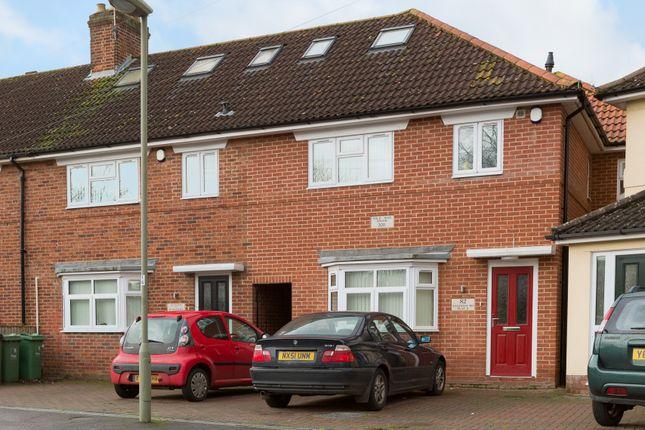 Thumbnail Flat to rent in Valentia Road, Headington, Oxford