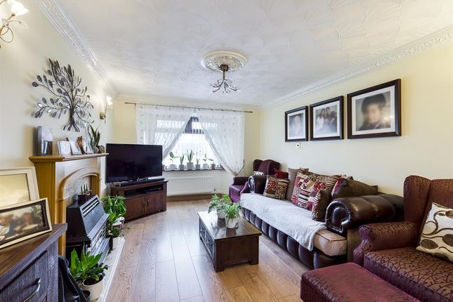 Living Room of Tansey Close, Bucknall, Stoke-On-Trent ST2