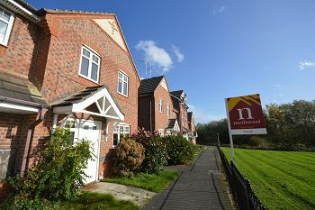 Thumbnail Semi Detached House To Rent In Redwood Drive Crewe