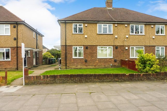 Thumbnail Maisonette for sale in North Approach, Watford