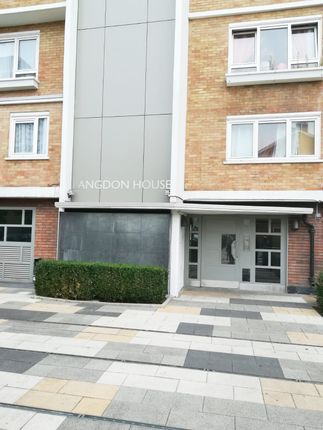 Thumbnail Maisonette to rent in Ida Street, Poplar, London