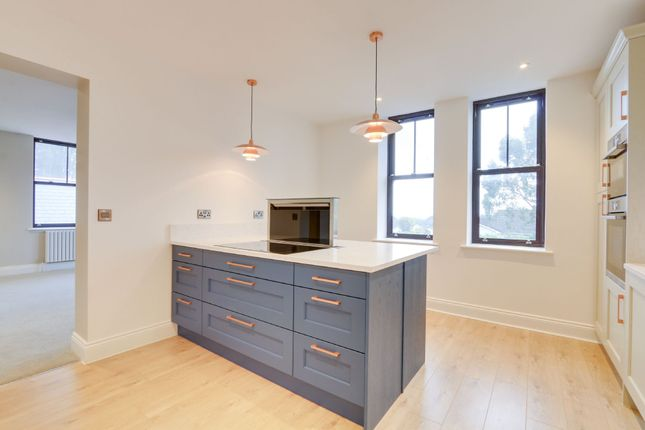 Thumbnail Flat for sale in Brimley Road, Bovey Tracey, Newton Abbot