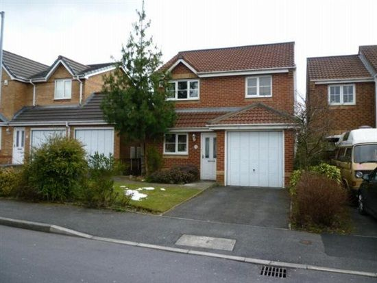Thumbnail Property for sale in Seathwaite Road, Bolton