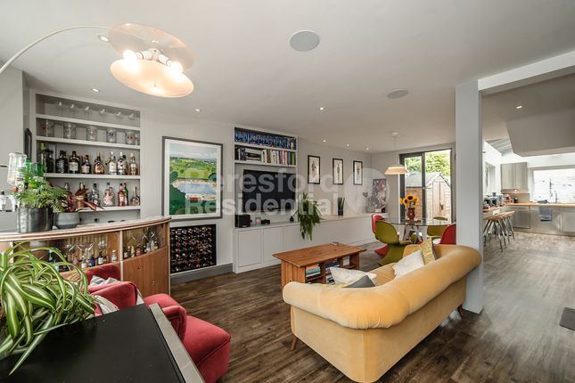 Thumbnail Terraced house for sale in Hinton Road, Herne Hill