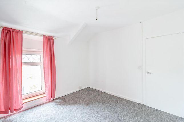 8403623-Interior05