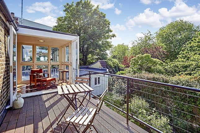 Thumbnail Property for sale in Thames Bank, Mortlake