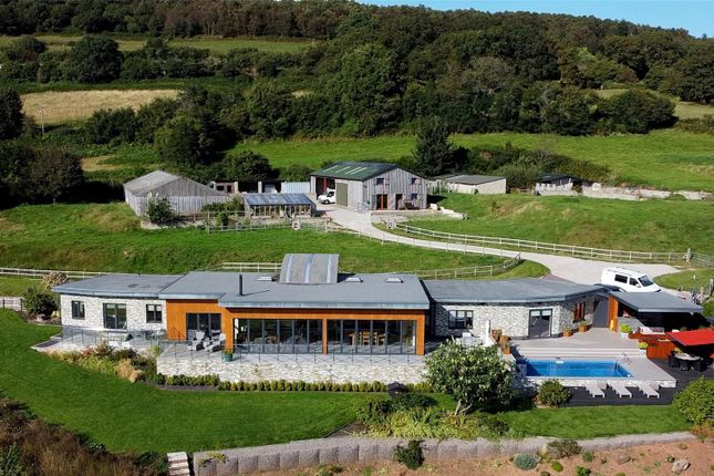 5 bed property for sale in Llanvair Discoed, Chepstow NP16