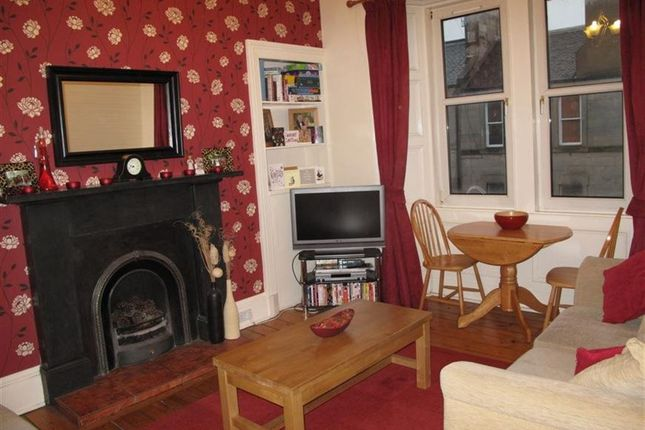 2 bed flat to rent in Roseburn Place, Murrayfield