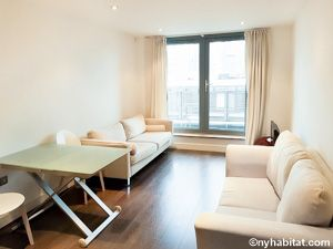 Thumbnail Flat for sale in Plumbers Row, London