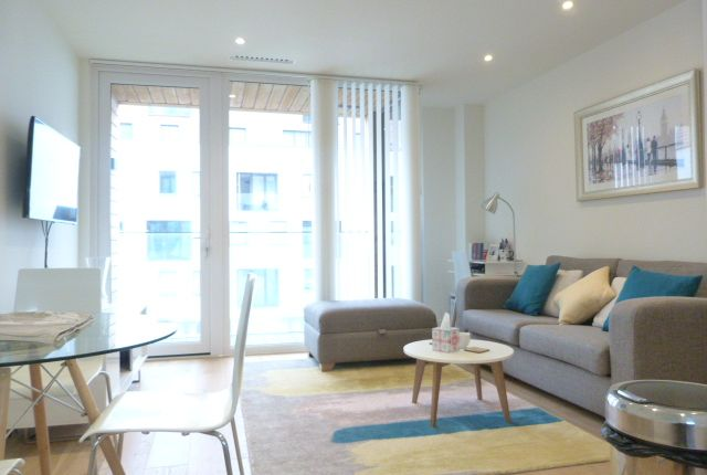Thumbnail Flat for sale in Capitol Way, Colindale