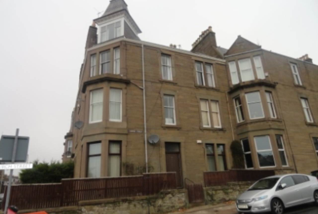 Thumbnail Flat to rent in Church Street, Broughty Ferry, Dundee