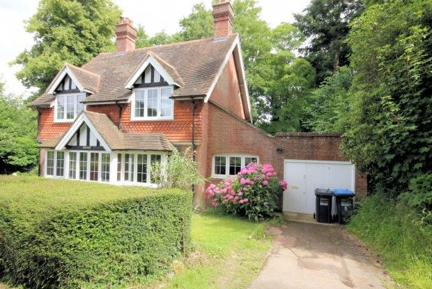 Thumbnail Detached house to rent in Crossways, Bolney