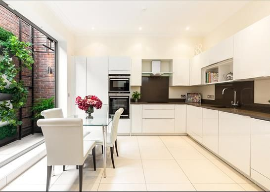 Thumbnail Flat for sale in Marchmont Road, Richmond