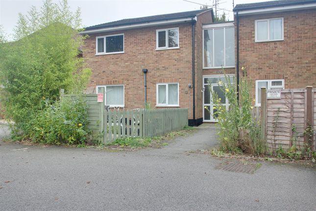 2 bed flat to rent in Marsworth Road, Pitstone, Leighton Buzzard LU7
