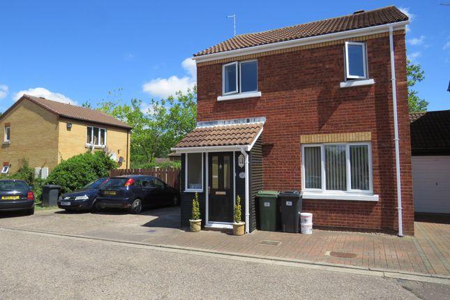 Link-detached house for sale in Far Pasture, Werrington, Peterborough