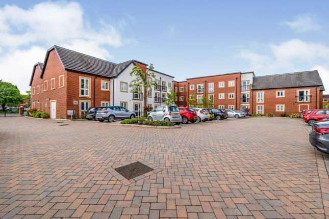 1 bed flat for sale in Brindley Gardens, Codsall, Wolverhampton, West Midlands WV8