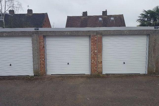 Parking/garage to rent in Eastfield Close, Stratford-Upon-Avon