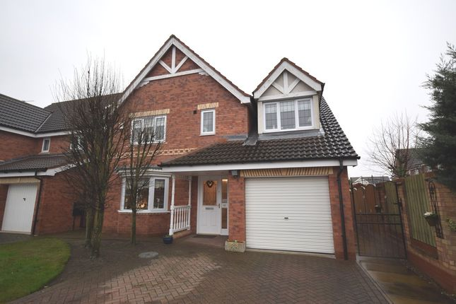 4 bed detached house for sale in Brodsworth Way, Rossington, Doncaster