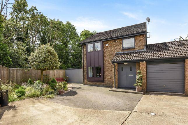 Thumbnail Link-detached house for sale in Meadow Way, Yarnton, Kidlington