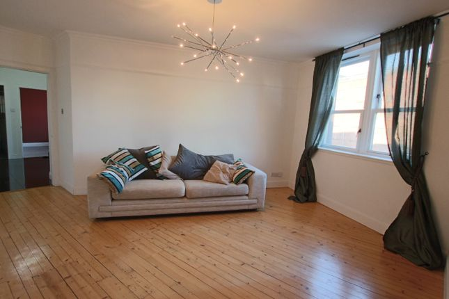 Thumbnail Flat to rent in Peter Street, City Centre, Dundee