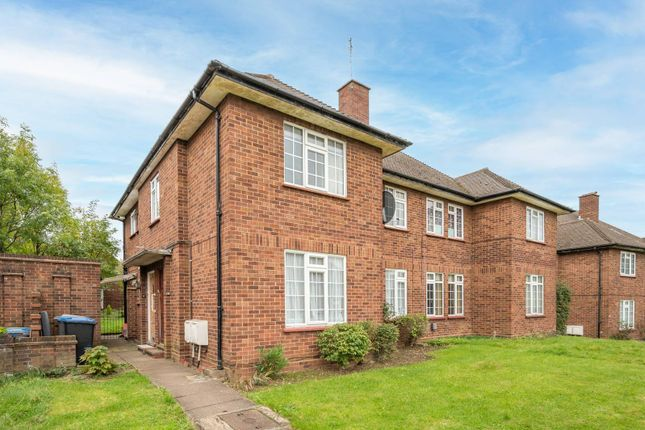 2 bed flat for sale in Lea Gardens, Wembley HA9