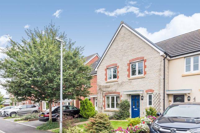 Thumbnail Terraced house for sale in Station Halt, Swindon