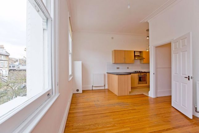 1 bed flat for sale in Steeles Road, Belsize Park NW3