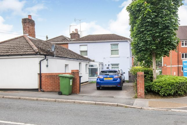 Thumbnail Property for sale in Chalk Hill, West End, Southampton