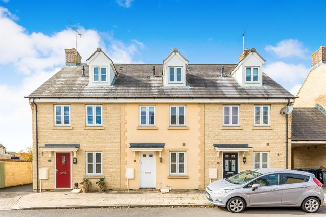 Thumbnail Property to rent in Rowan Drive, Witney