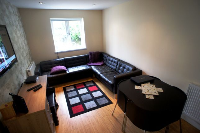 Thumbnail Terraced house to rent in Thesigher Street, Cathays, Cardiff