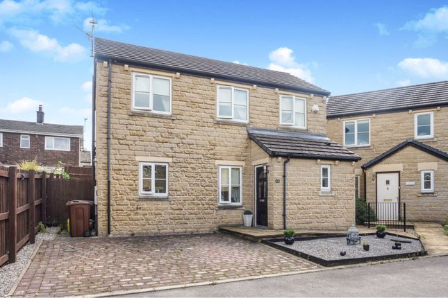 Thumbnail Detached house for sale in Kings Court, Glossop