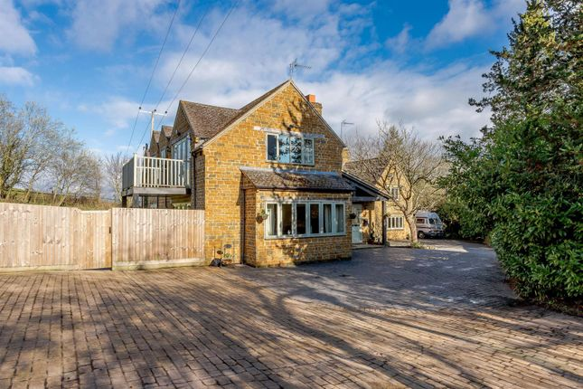 Thumbnail Detached house for sale in Shotteswell, Banbury, Warwickshire